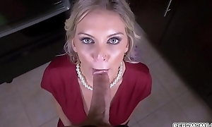 Hot progenitrix Kenzie Taylor deepthroats stepsons gumshoe