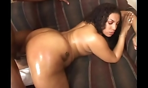 Oiled ass black old bag Cheyanne Foxxx in divan permanent shafting black ding-dong