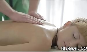 Powerful masseur seduces hot trollop to bang the brush moist muff