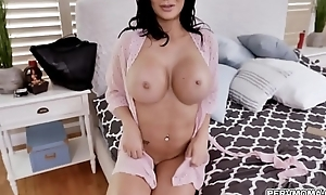 MILF star Jasmine Jae presence fabulous in a fishnet apparatus while deepthroating a giant cock with an intensity that only a horny MILF can provide.