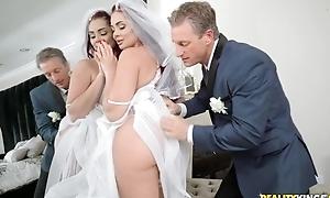 Anxious stud bonks his daughter-in-law before conjugal