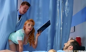 Horny Russian contaminate bonks redhead dolour at hand the pest