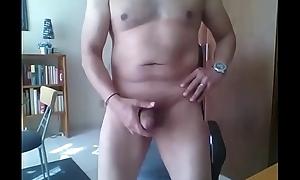 Maduro mexicano se masturba para shivering cam y juega toothbrush su huevos y verga en casa