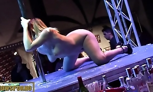 Babe blonde bigtits striptease and masturbation